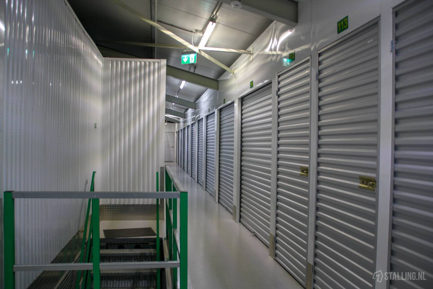 specker self-storage opslagbox bovenkarspel