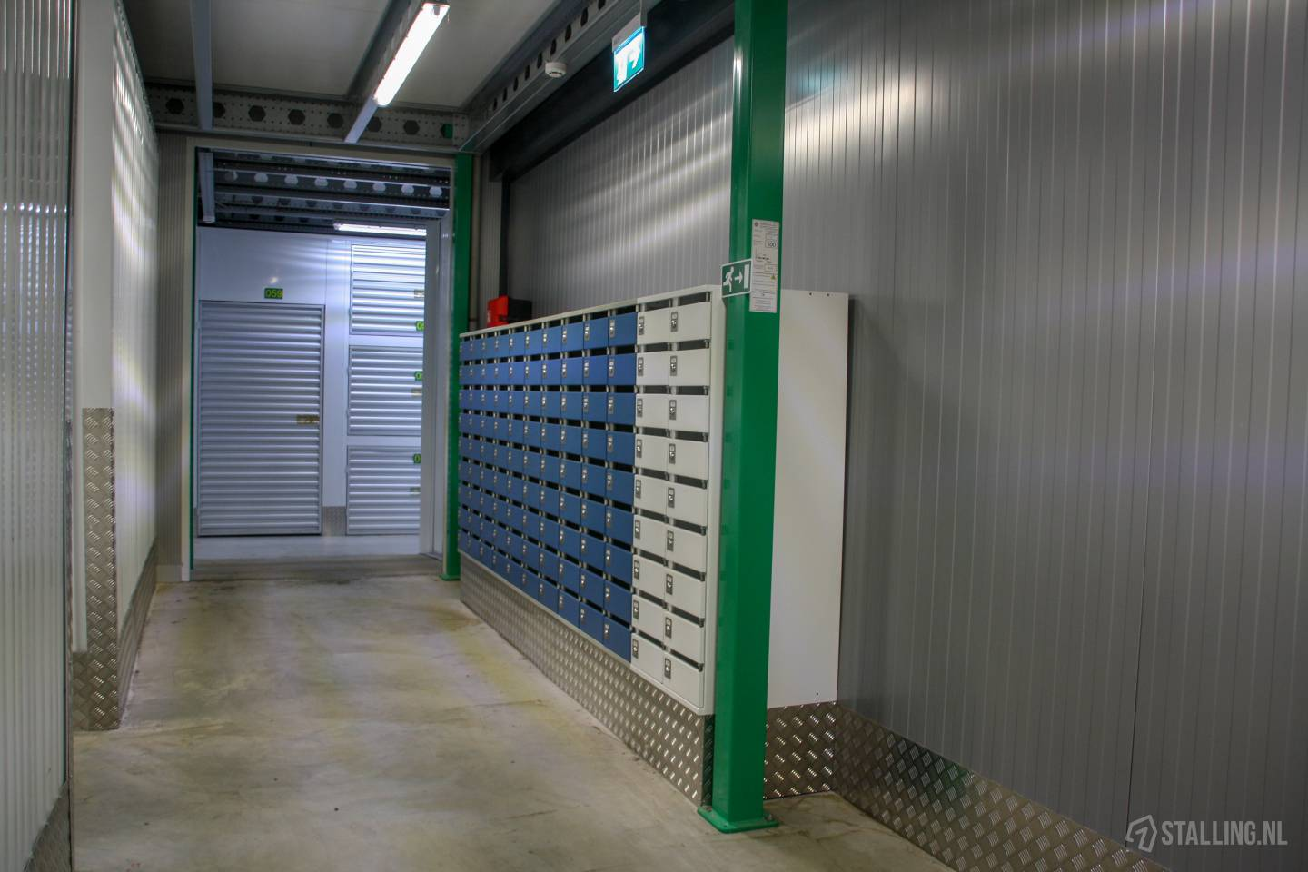 specker self-storage postbus huren west friesland