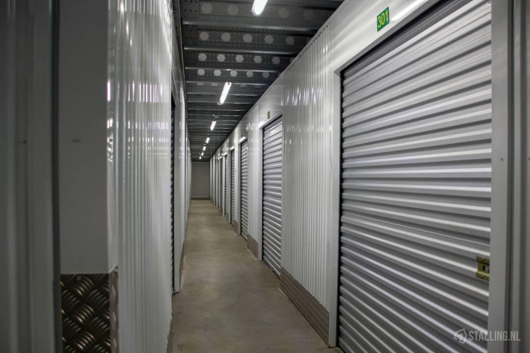specker self-storage opslagbox west friesland