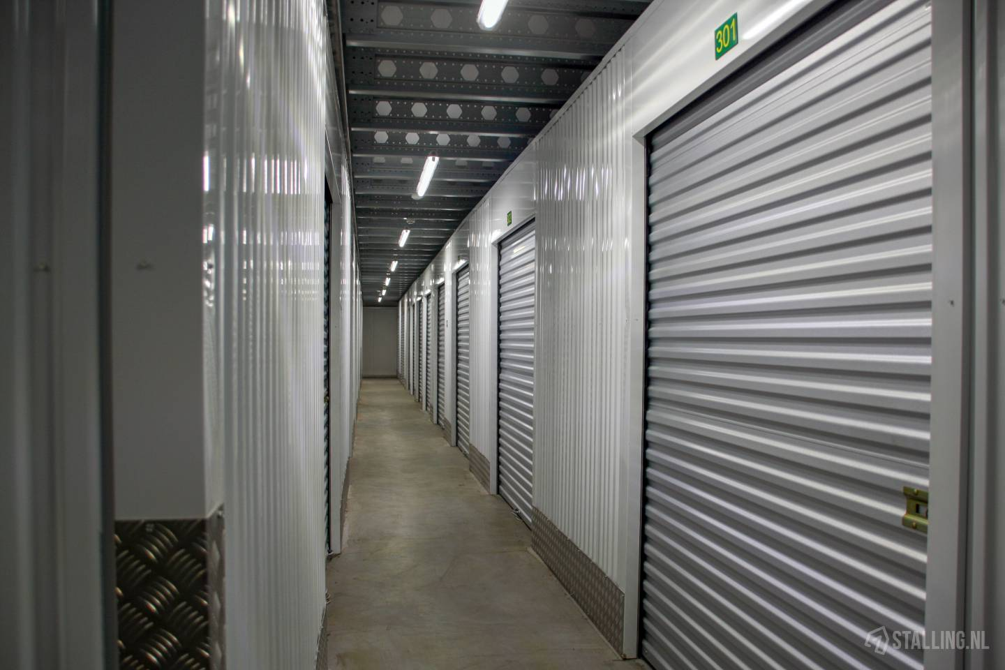 specker self-storage opslagbox west friesland
