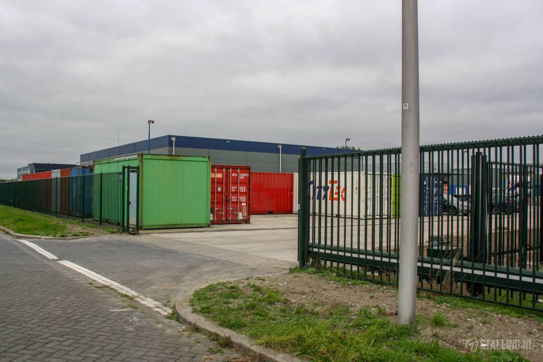 mini-box afgesloten terrein voor opslagcontainers