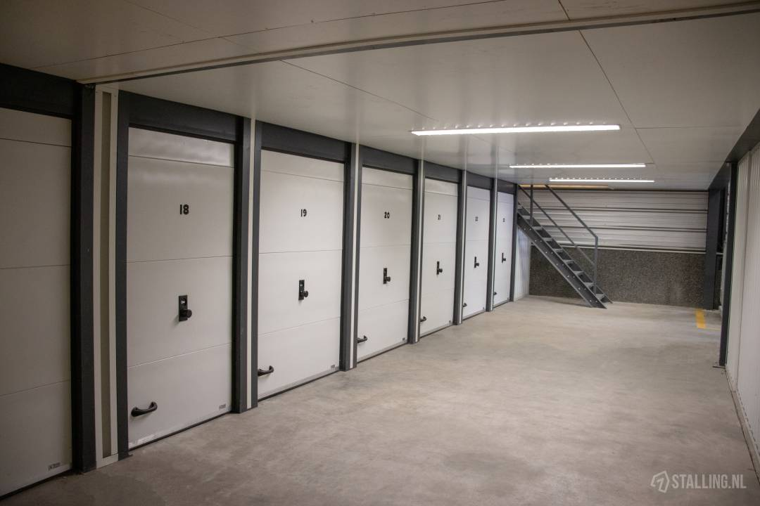 storage world opslagruimte maarheeze storage
