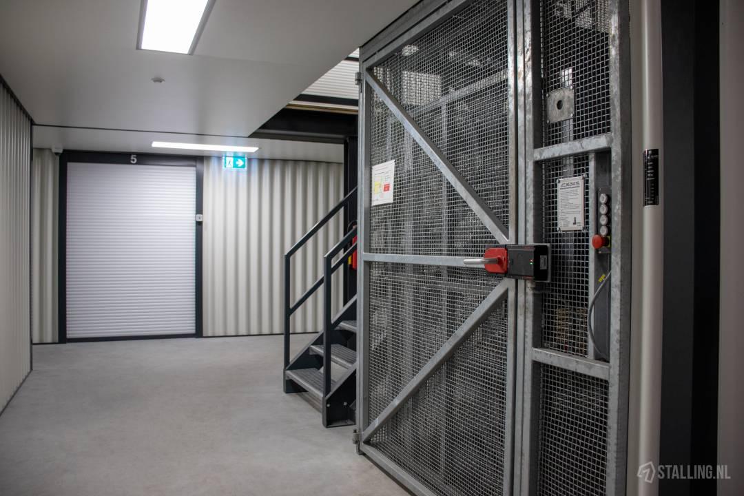storage world opslag huren n71 n76 a2