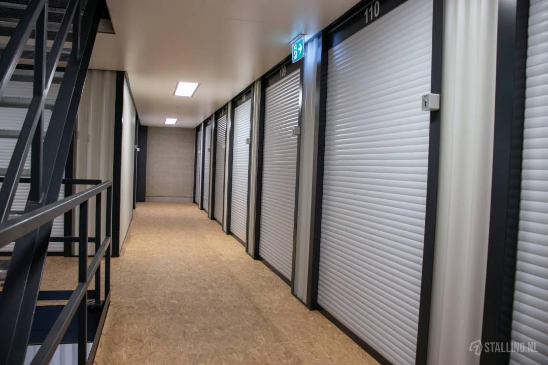 storage world opslag huren budel soerendonk