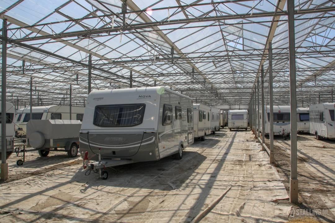 caravanstalling kwekerij het stalletje boten