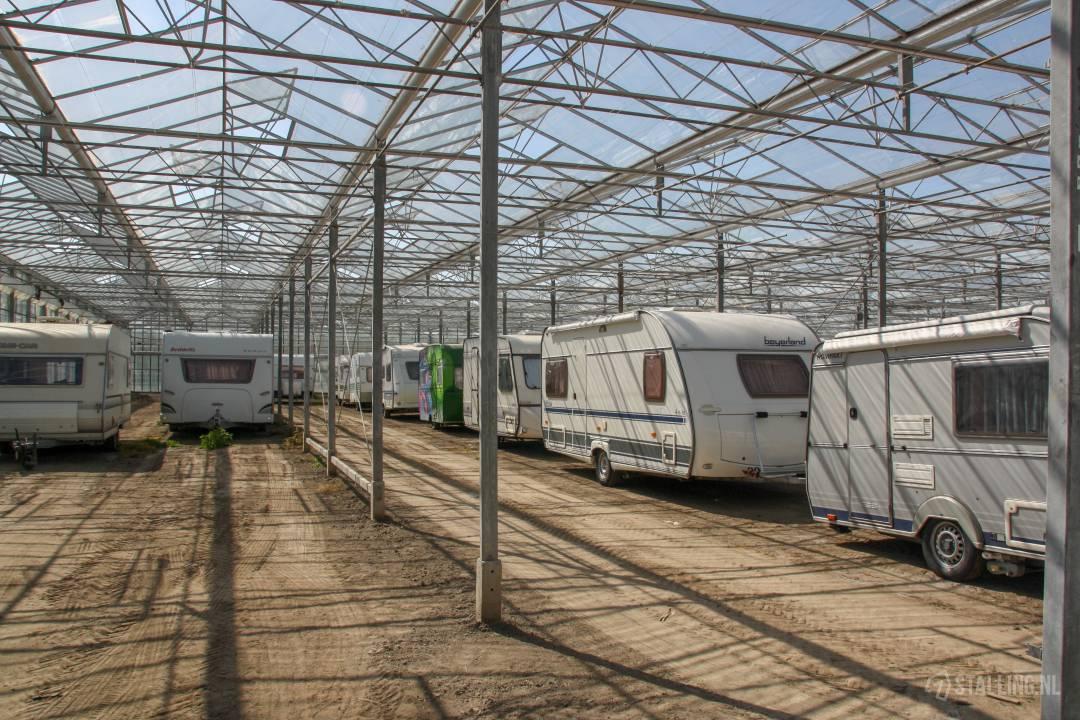 caravanstalling kwekerij het stalletje caravan