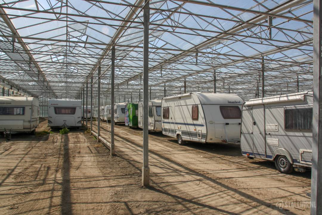 caravanstalling kwekerij het stalletje plek