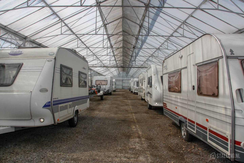 caravanstalling wijdenes rijen