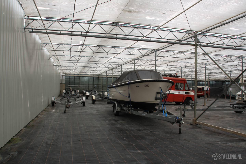 floranda stalling bommelerwaard boot op trailer stalling