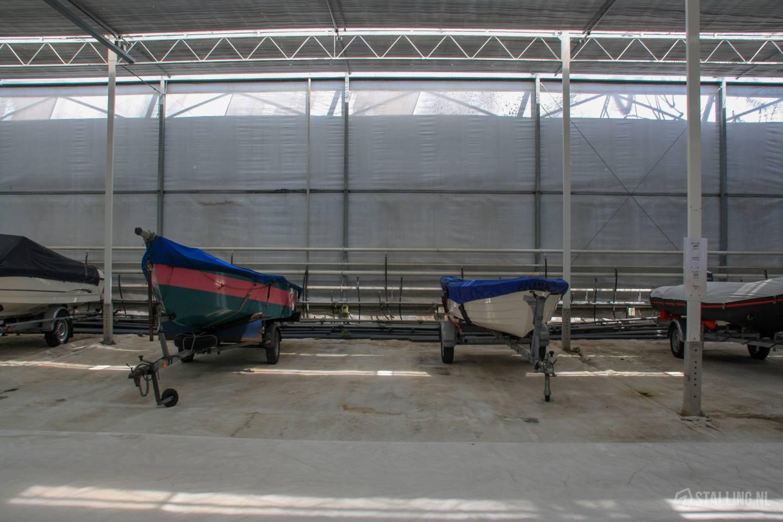 floranda stalling bommelerwaard plek voor boot